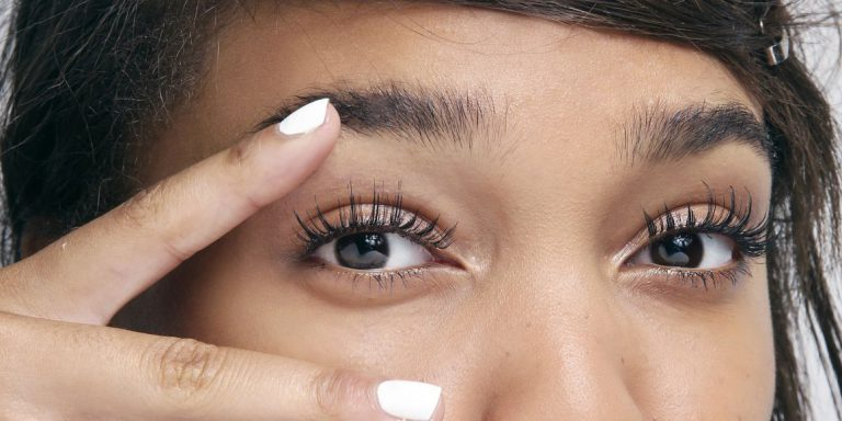 Eyelash extension – some useful information